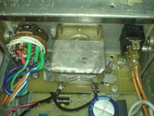 Зарядное устройство для герметичных свинцовых (гелевых) аккумуляторов.