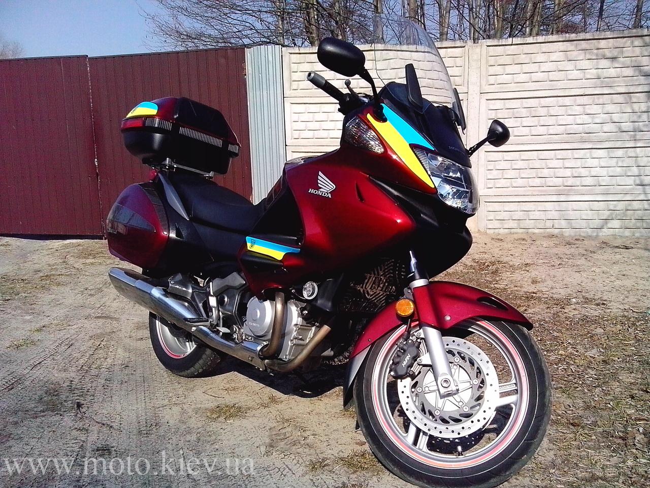 SUBJ: Мотоцикл  Honda Deauville 700  7900 USD Торг
